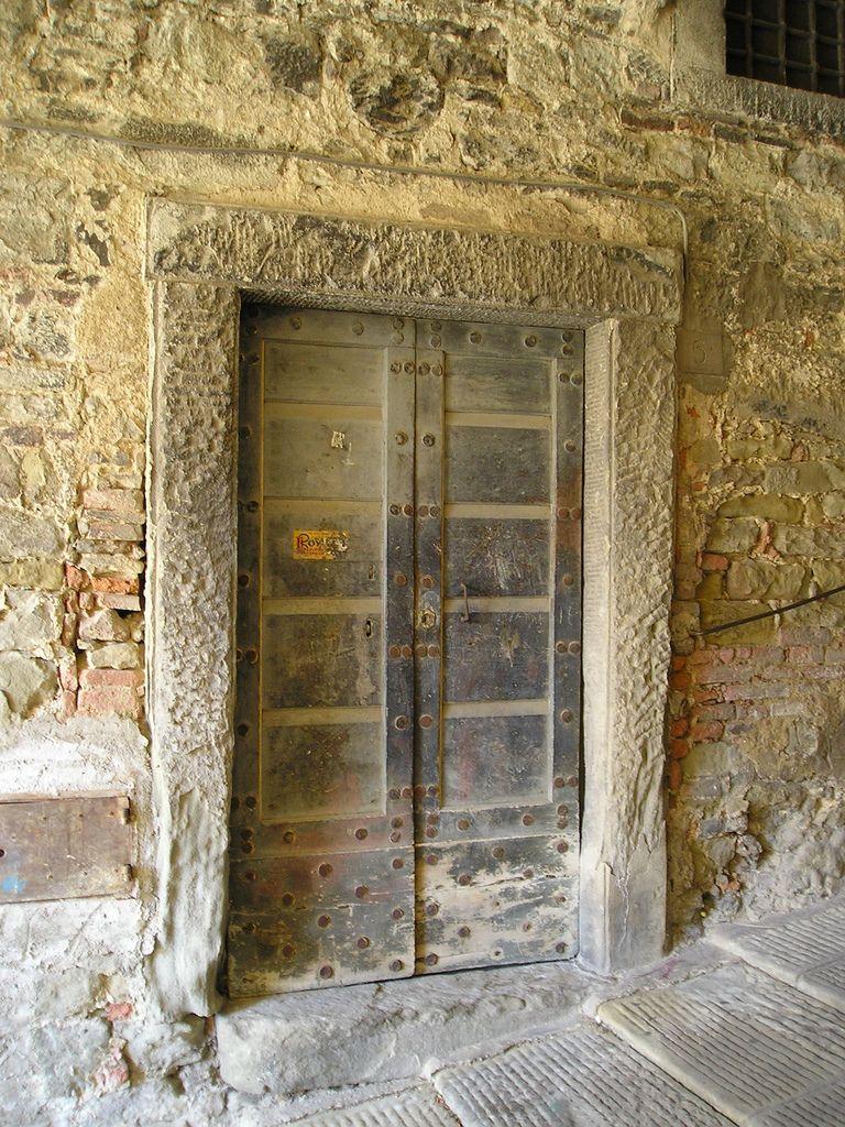 Beyond The Door................ | por rogilde - roberto la forgia