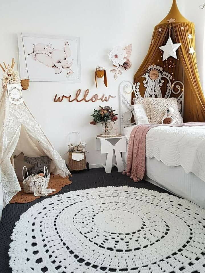 Cute idea for her room decorating toddler girls room