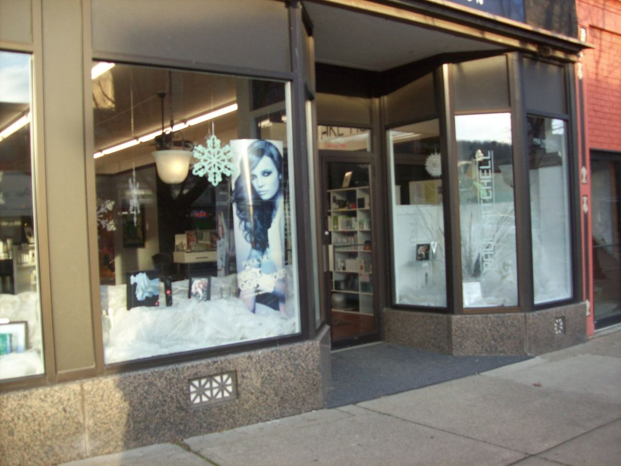 20 Salon Window Display Ideas Pictures And Ideas On Carver Museum