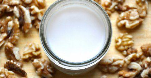 Aprende a preparar la popular leche de nuez ¡Es muy sencillo! | Adelgazar - Bajar de Peso