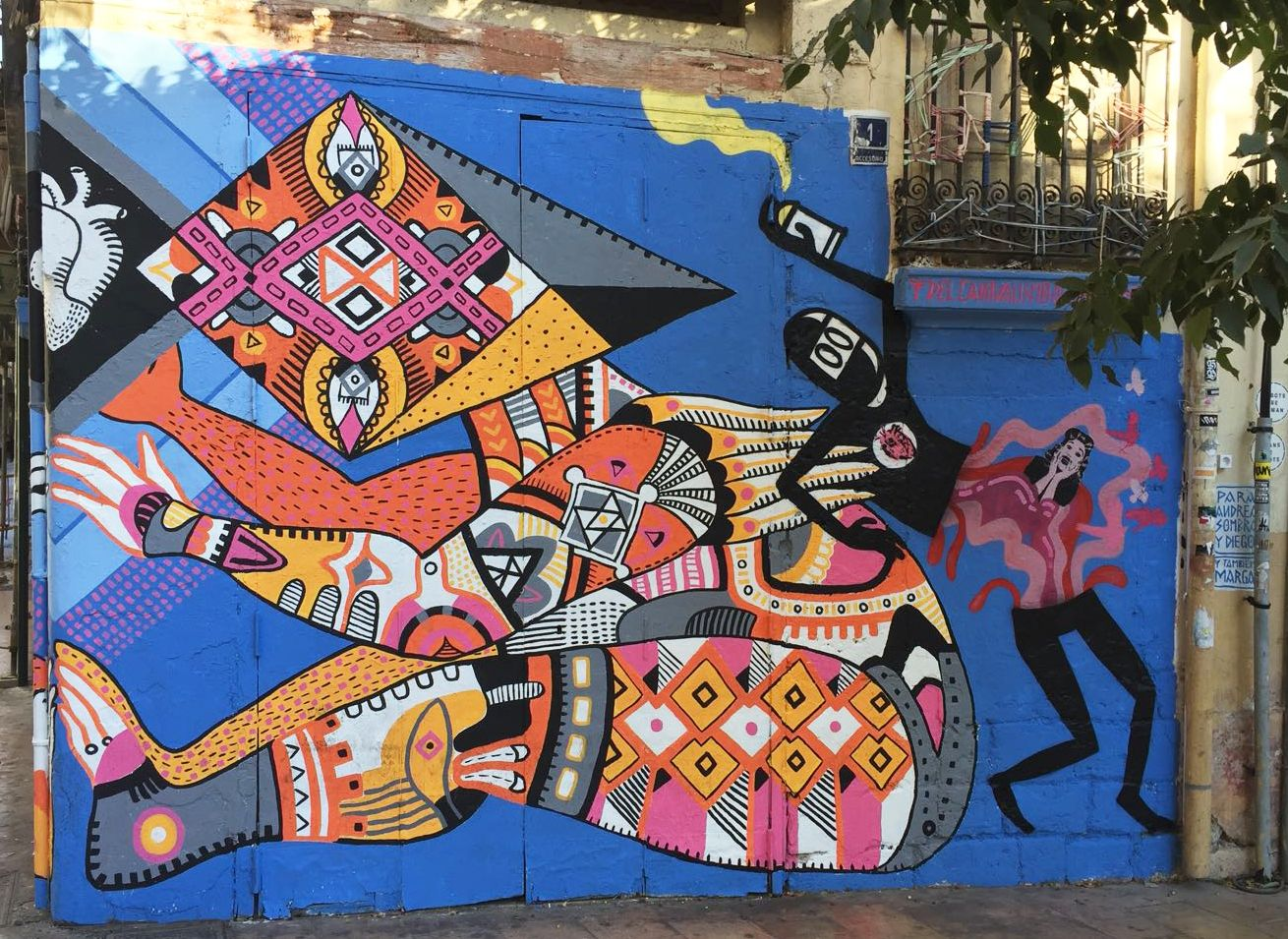 Street art route valencia street art and street