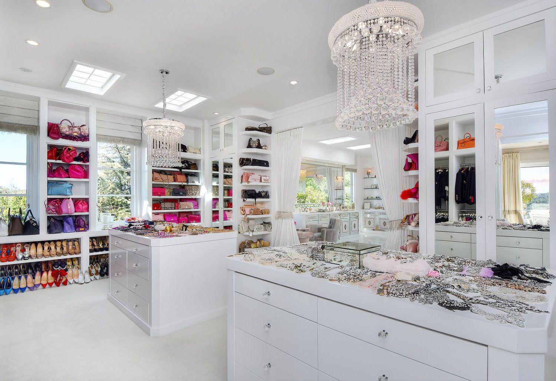 Lisa Vanderpump Closet Pictures Google Search In 2020 Villa Rosa Closet Makeover Lisa Vanderpump