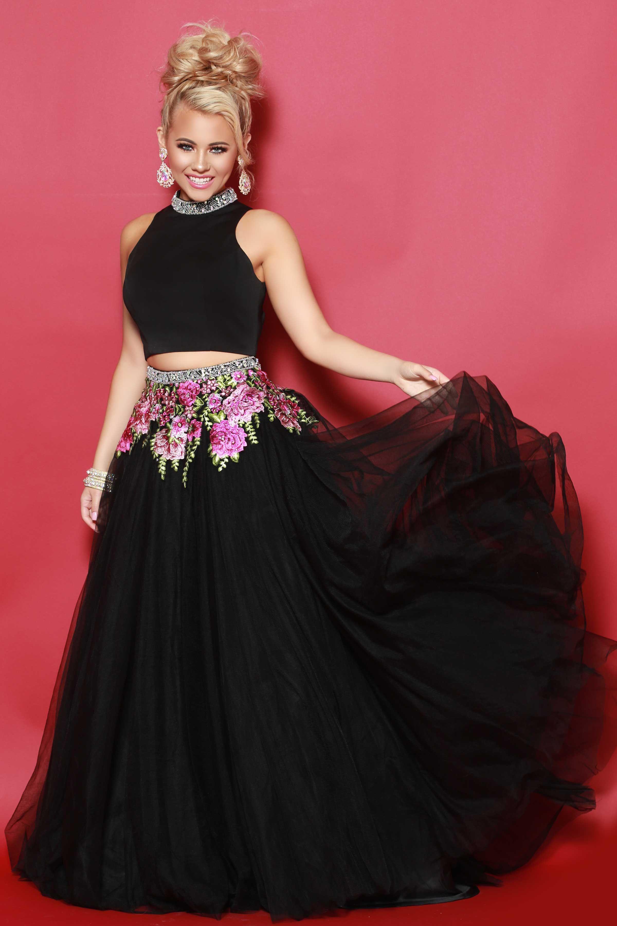 2Cute Prom available at Spotlight Formal Wear! #SpotlightProm ...