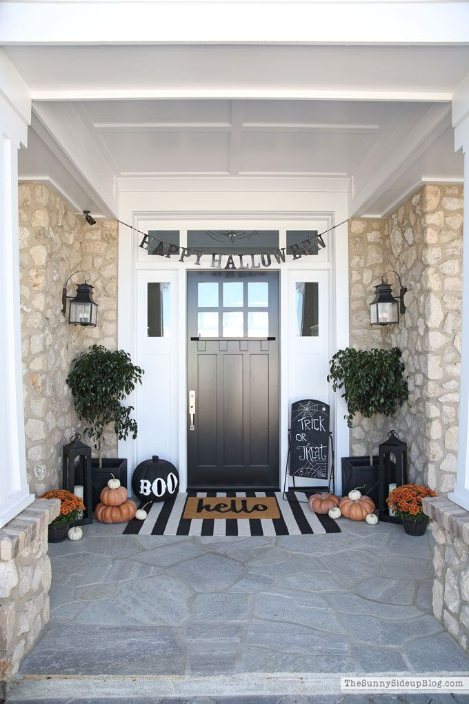 Halloween Porch and Fall Fashion - The Sunny Side