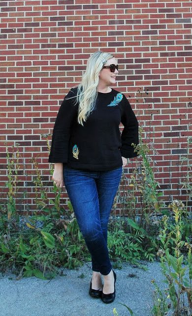 The Peacock Fairy: Feathers & Friends #ootd #wiw #momstyle #loft #loveloft #loftlove #peacock #feather #sweatshirt