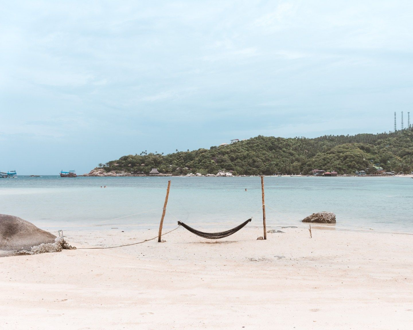 Taa Toh Bay Koh Tao The Perfect Secluded Koh Tao Beach Freedom Beach Beach Activities Secluded