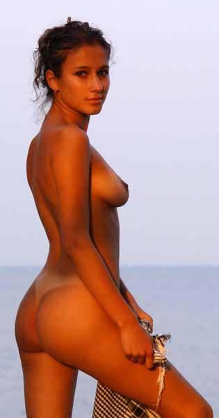 Indira Varma Nude Sex Scene in Kama