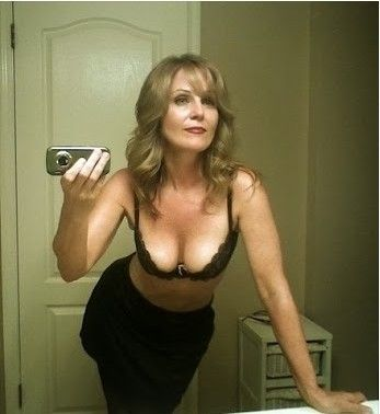 Pics of sexy cougars