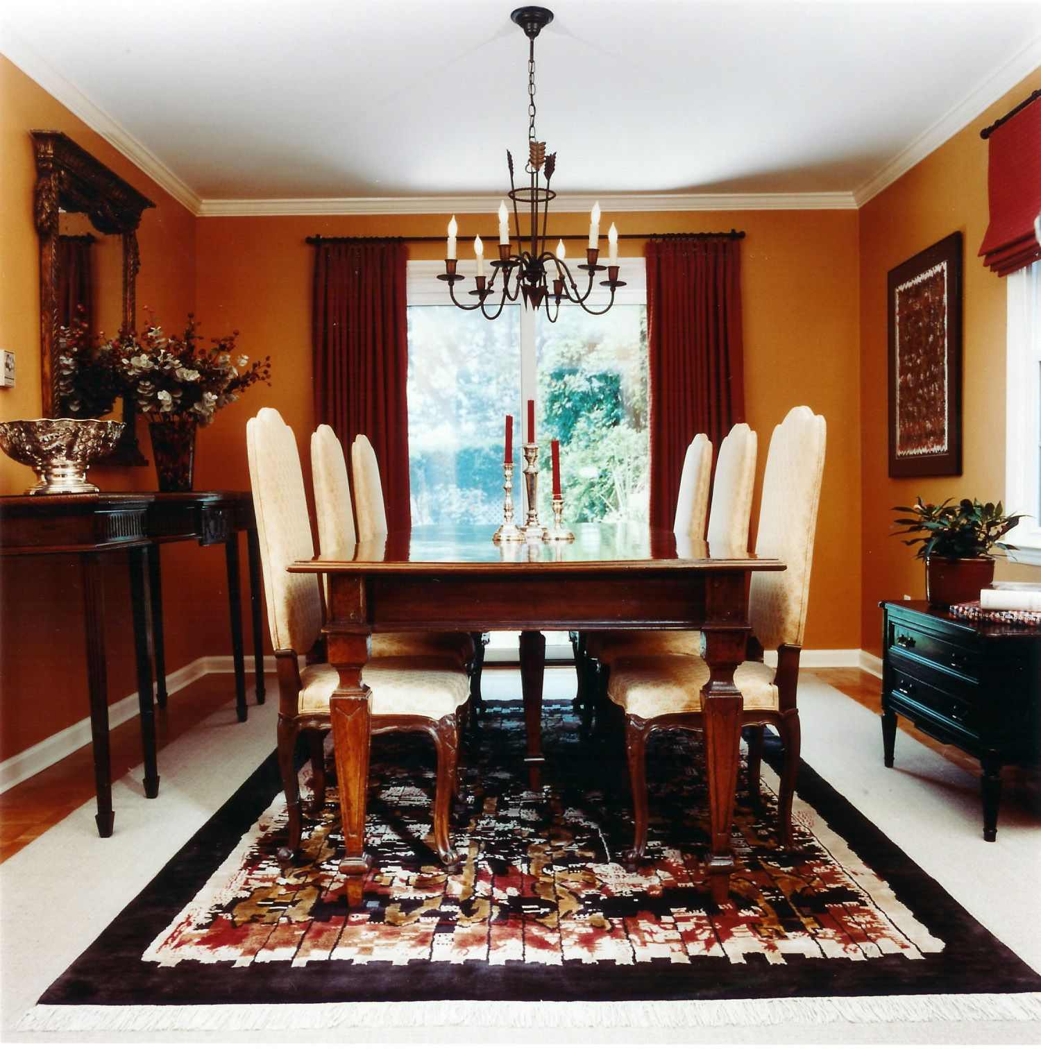 Formal dining room designs are fancy and sophisticated. Opting for this dining  room design adds style and elegance to your home. The furniture should make  a ...