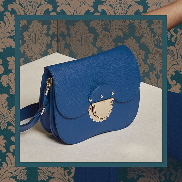 f9a322e26a8 A royal silhouette  the Furla Ducale bag is a show-stopper. Discover the  SS18 collection and meet Furla Ducale from  thefurlasociety. Link in bio.