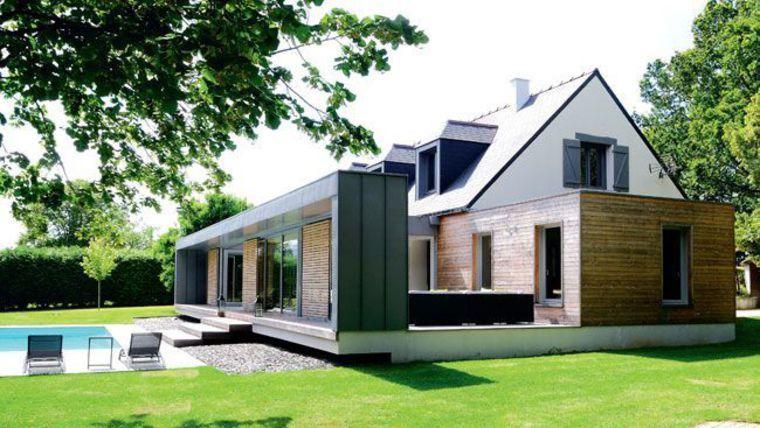 À l\u0027origine, une maison en parpaings des années 1970, de style