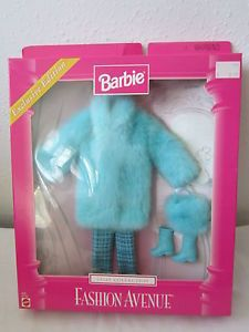 Barbie Fashion Ave Exclusive Edition Coat Collection Blue Fur Coat Purse Tweed | eBay