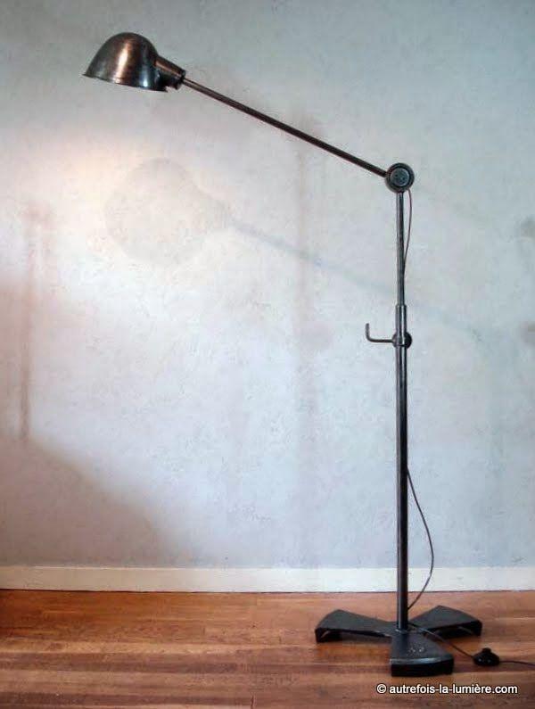 Lampe de garage rg levallois lampadaire industriel rg - Lampadaire industriel vintage ...