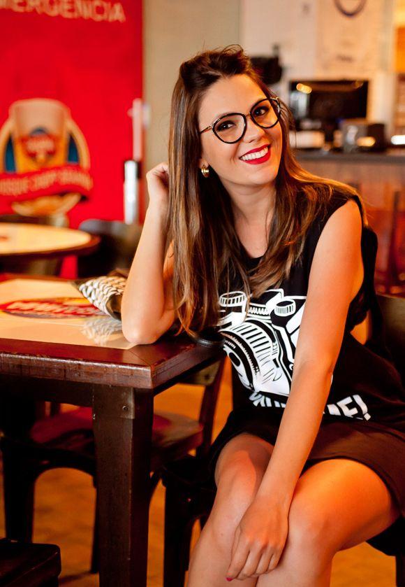 fb9efd765 Look e muito estilo: óculos de grau! | Glasses | Óculos, Óculos de ...