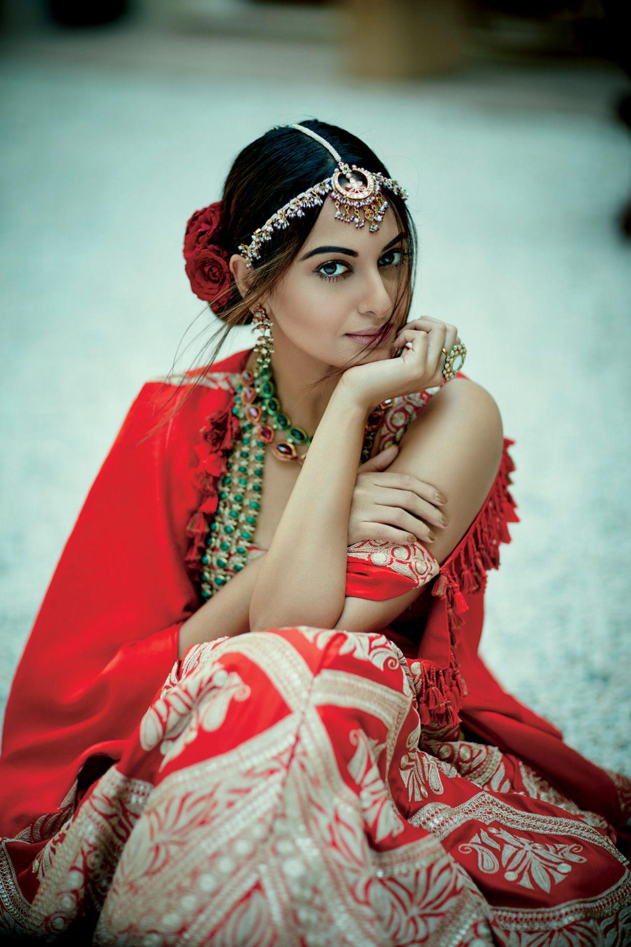 Sonakshi Sinha, Anamika