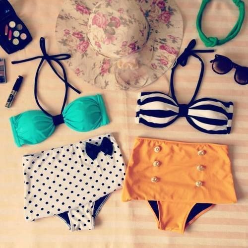 vintage bathing suits -- Looooove!!! Buy me!!!