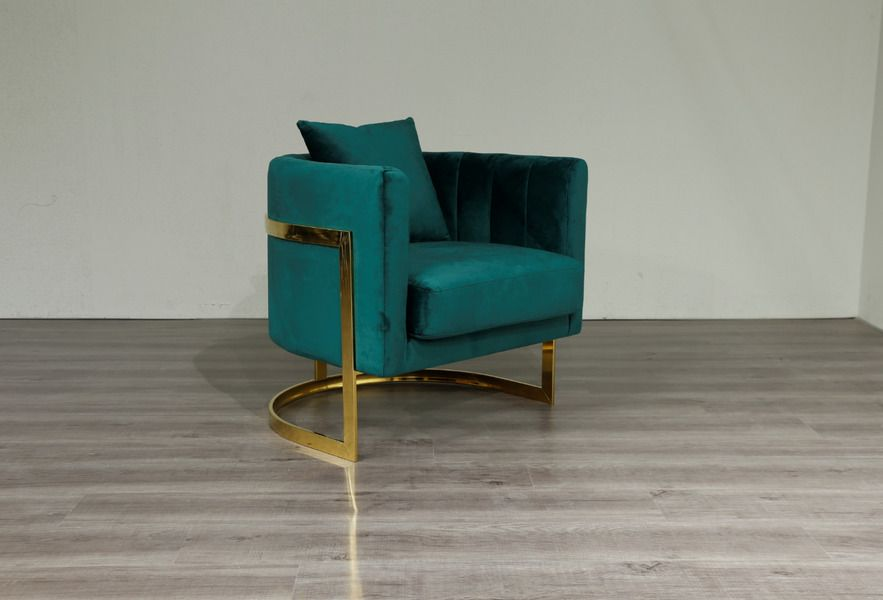 Emerald Green Velvet Gold Frame Arm Chair Accent Chair Free Uk Delivery In 2020 Accent Chairs Green Velvet Chair