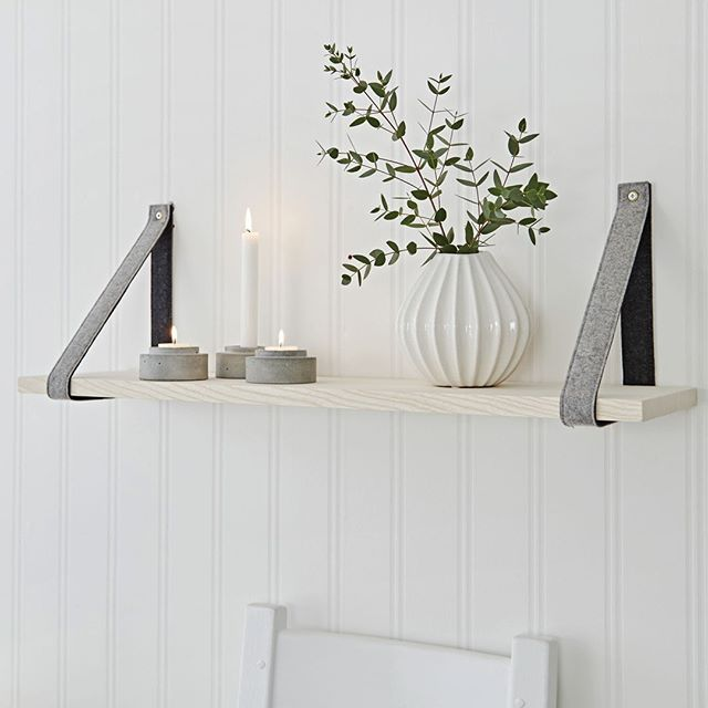 Wednesday shelfie! Add a simple statement of contemporary ...