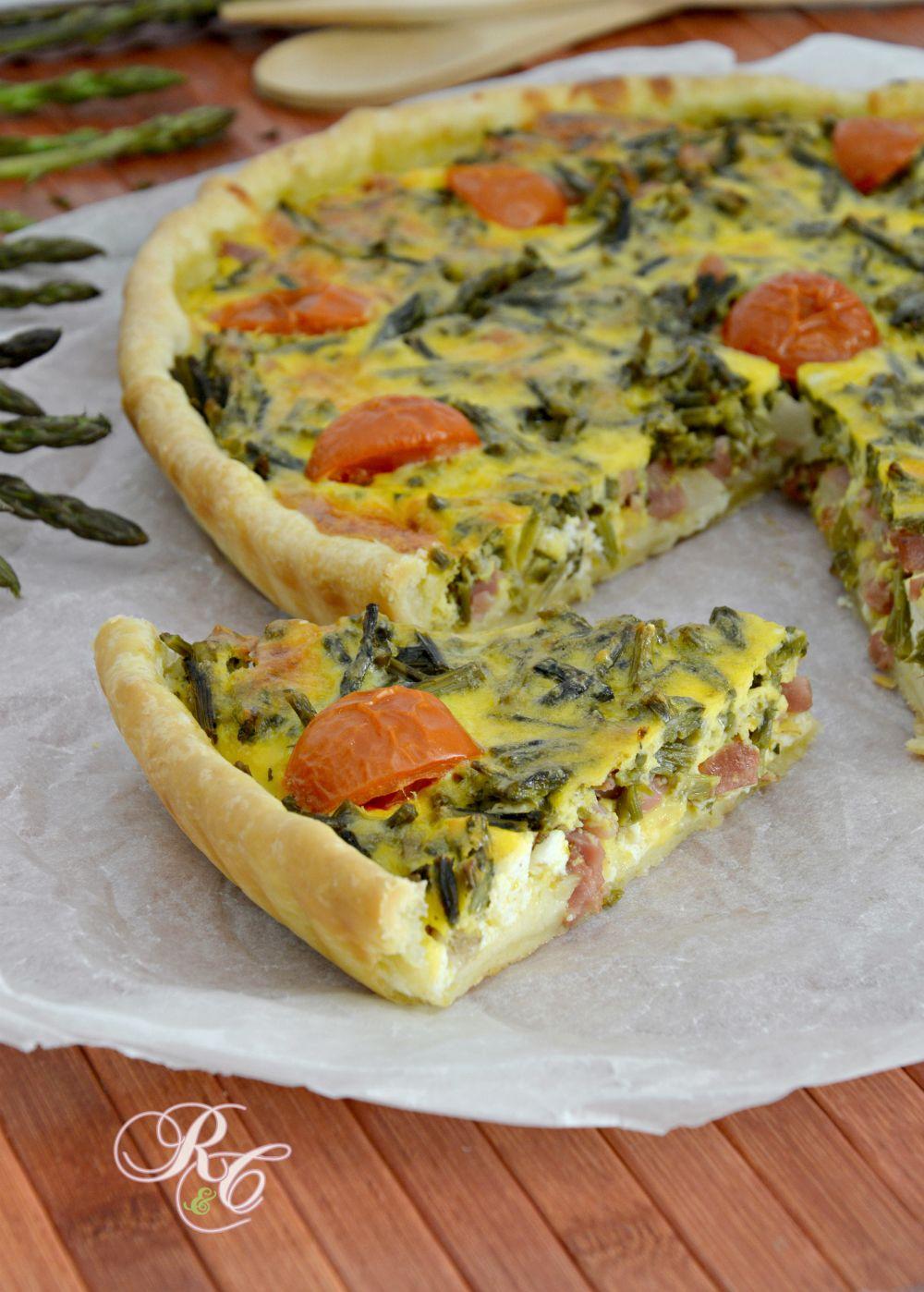 Torta salata con asparagi, ricotta e speck | Rafano e