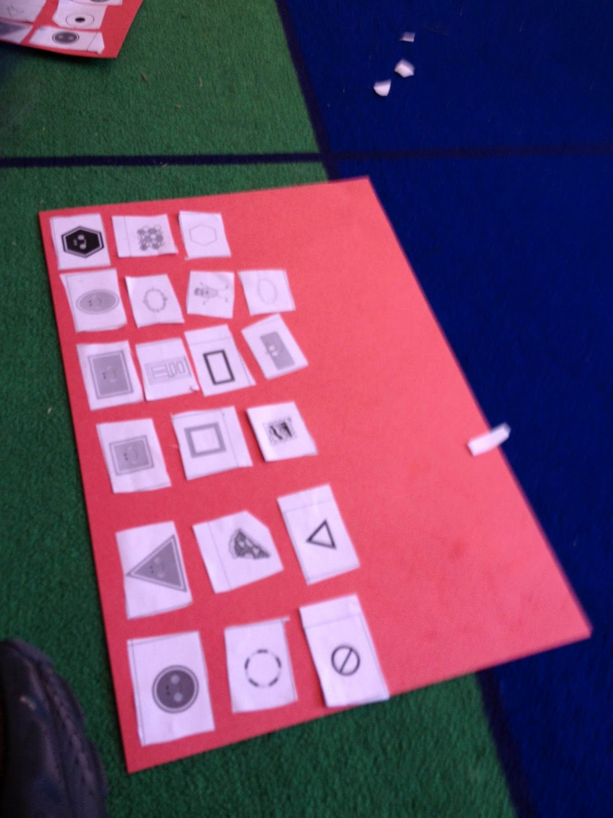 Shape sort! Smedley\'s Smorgasboard of Kindergarten: The Saturday ...