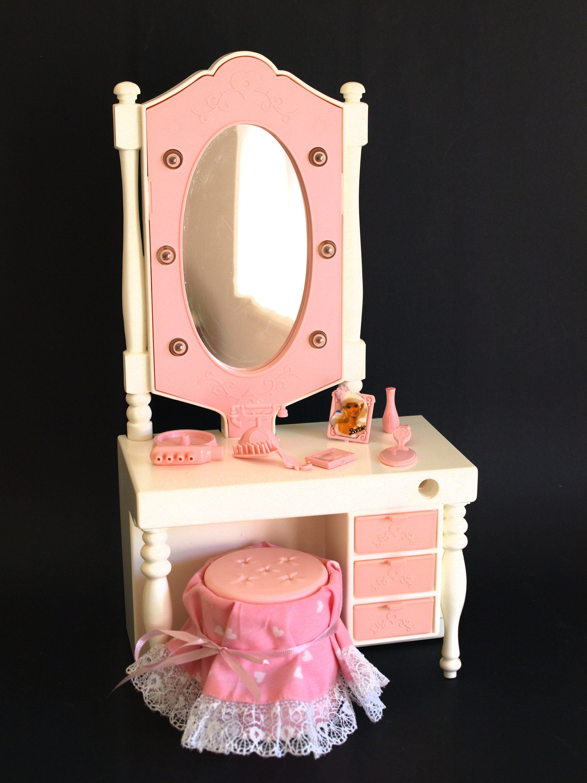 Barbie light up vanity vintage retro mattel dressing table