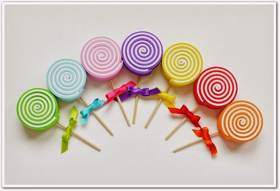 El taller m gico piruletas de goma eva manialitats for Manualidades souvenirs navidenos