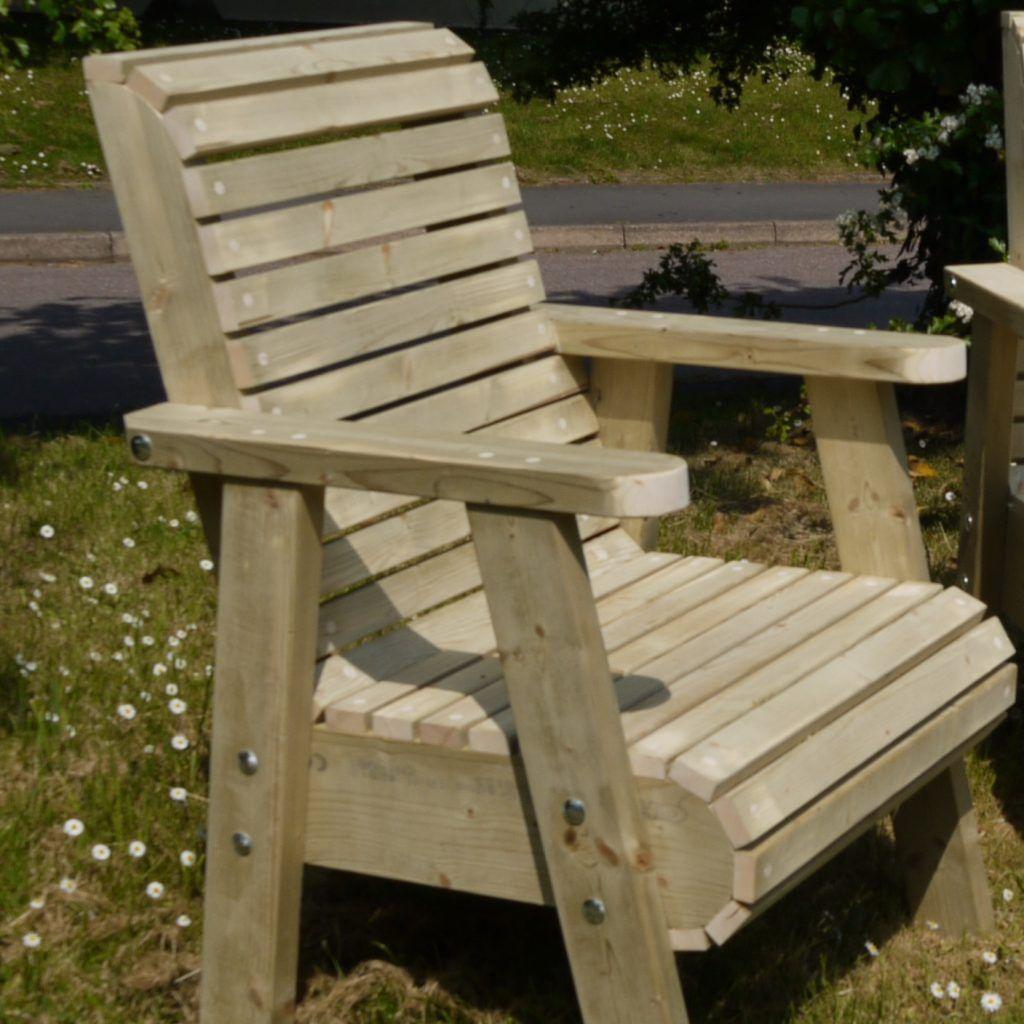 Why Will You Want Garden Recliners?   Wooden garden ...
