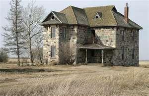 stone house in saskatchewan travel pinterest abandoned houses rh pinterest com