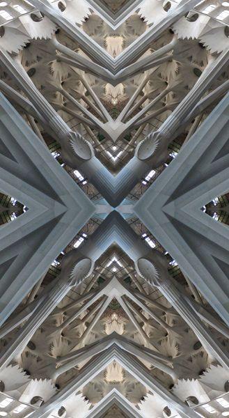 Tribute To Antonio Gaudí  -  2  Fotokunst von Niko Bayer (Photoartwork, DigitalArt, Bildbearbeitung) auf Leinwand oder auf Alubond