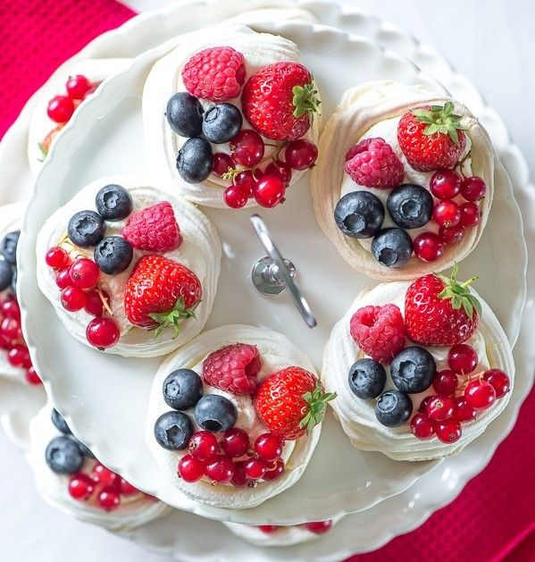 Recipe For Homemade Meringue Nests With Fresh Berries And
