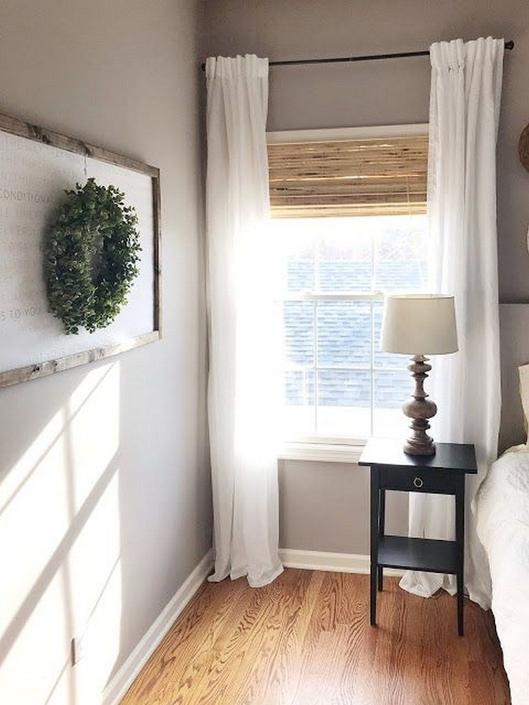 25 Simple Farmhouse Window Treatments Farmhouse window