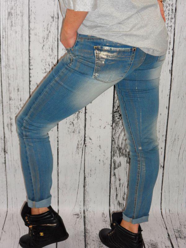 Piekne Wloskie Jeansy Boyfriendy Przetarcia Modnie Pozlacane Levi Jeans Fashion Levi