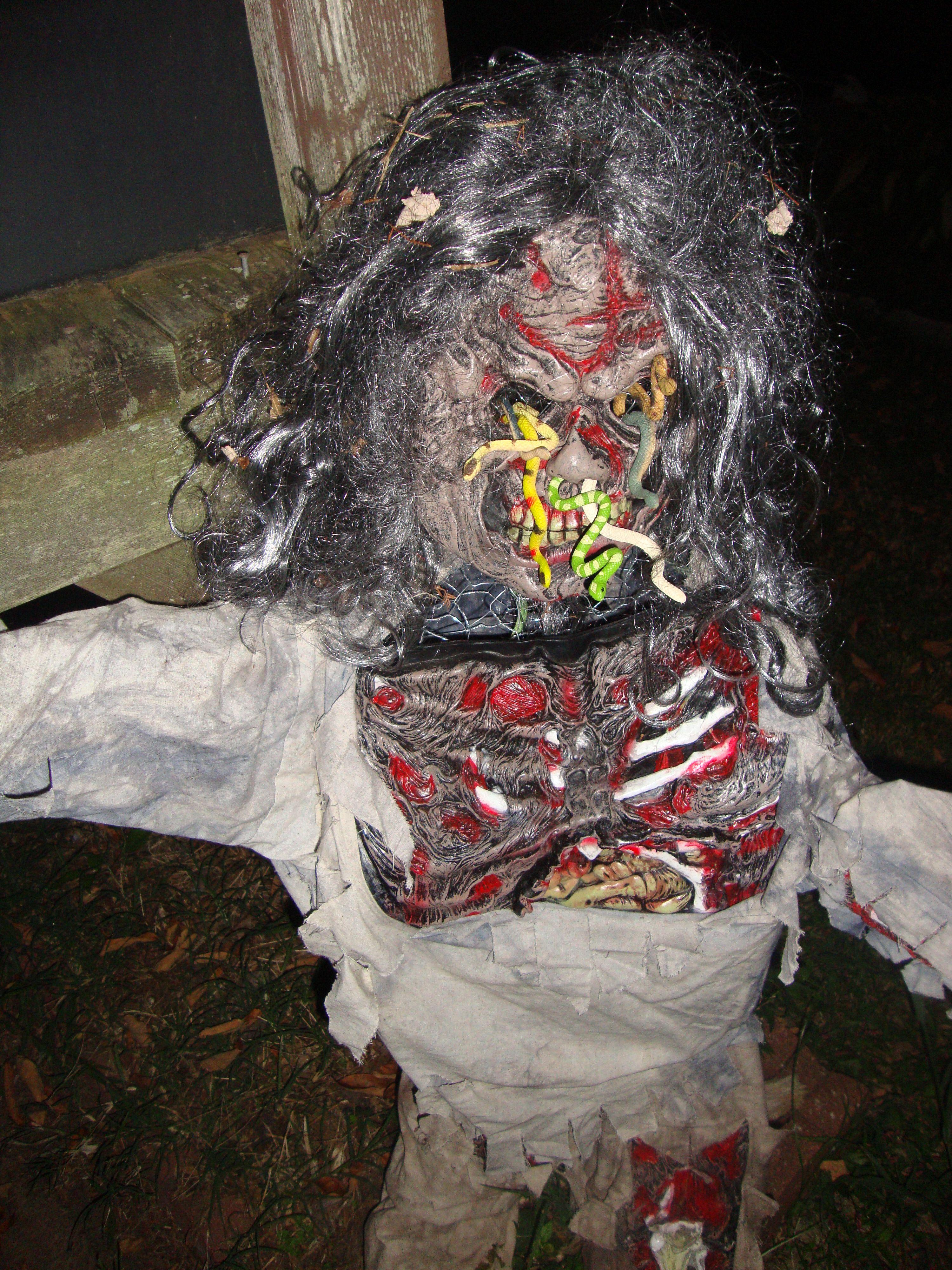 halloween #mask #halloweendecorations #DIY - body, shape formed ...