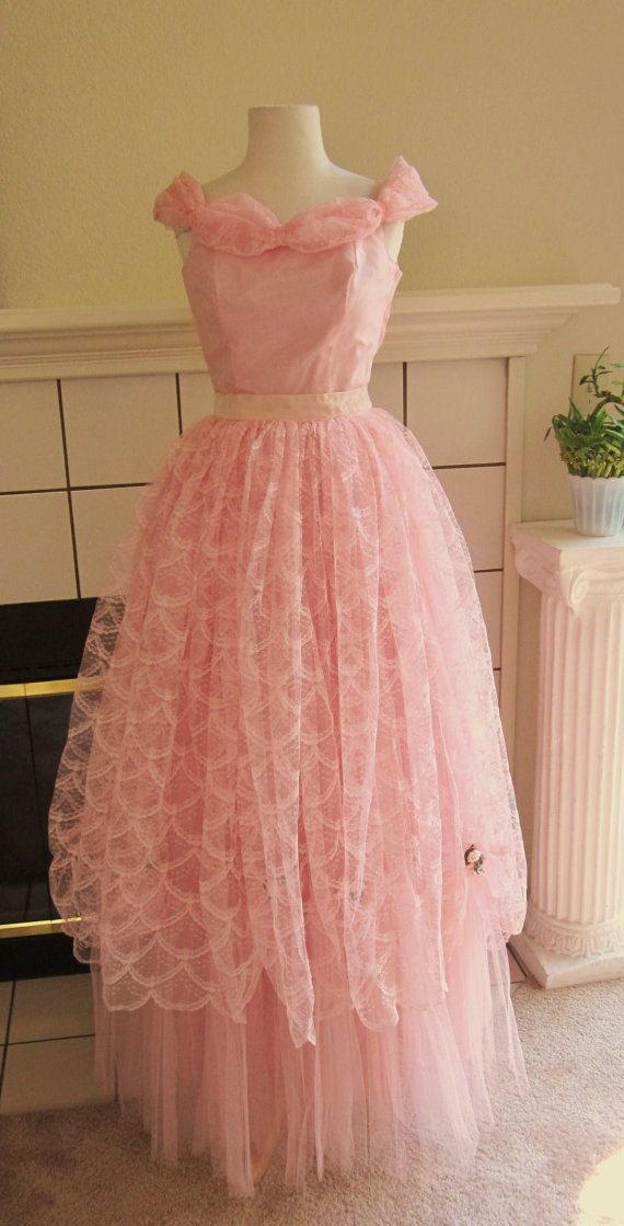 VTG 1950s Pink Tulle & Lace Formal Prom Ballgown by divelegant ...