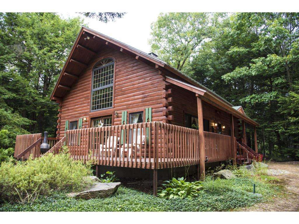 cabins rental for rentals a vacation in nh rent winnipesaukee lake estate lakes find splash real region