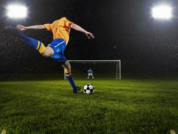 Soccer 101 Throws Ins Goal Kicks And Corner Kicks Penalty Kick Soccer Penalty Kick Soccer Players