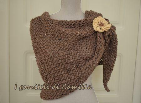 nuovo stile fornire un'ampia selezione di migliore Un elegante coprispalle ai ferri con trafori | Knitting ...