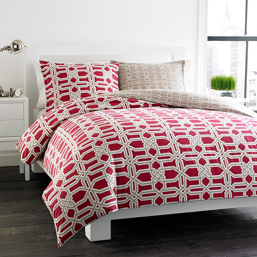 #CityScene Labyrinth Reversible #Red #Duvet Set. @cityscenehome #bedding #beddingstyle
