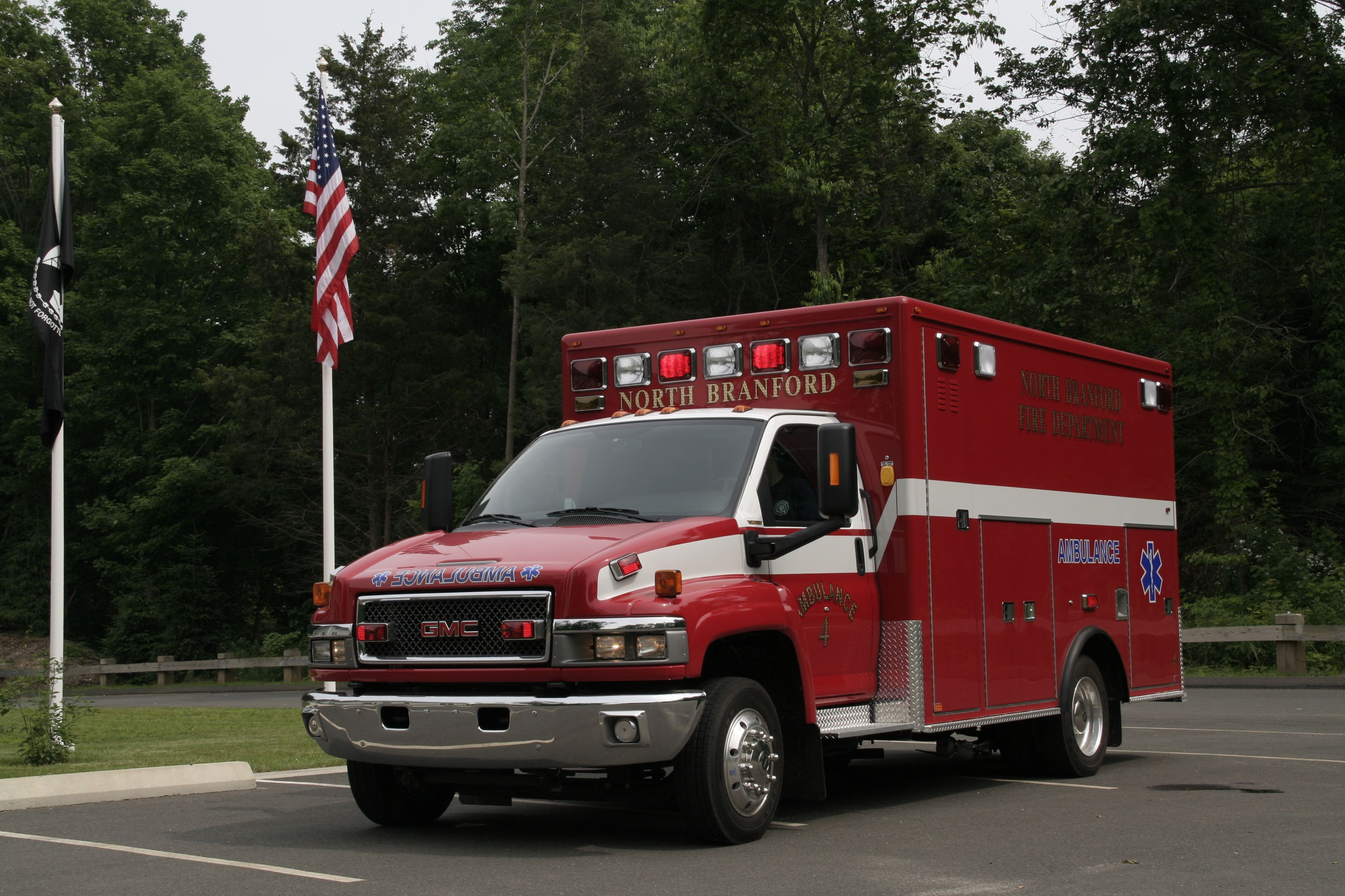 North Branford Fire Department (CT)  Ambulance 4    www.setcomcorp.com