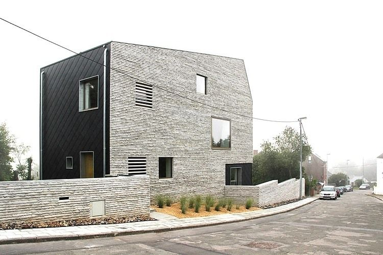 Wall House by AND'ROL Architecture