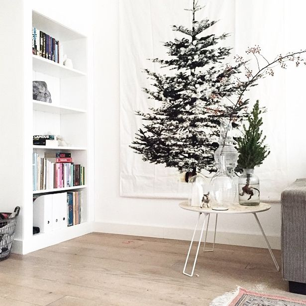 Kerstboom ophangen aan muur kerstboom bedrukt op doek christmas tree on 615 615 - Deco leisteen muur ...