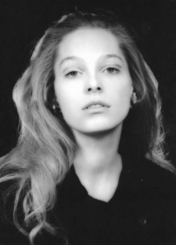 Małgorzata Braunek (Zofia NASIEROWSKA)