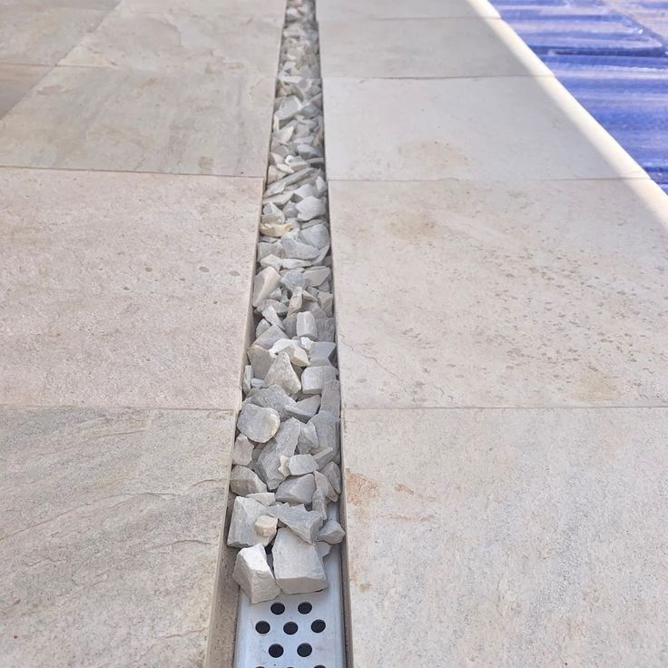 Pin By Alex Gwihs On Carpintaria Jardinagem In 2020 Modern Landscaping Driveway Design Backyard Landscaping Designs