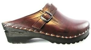 2fcd2b478c89 Adjustable Strap with alderwood bottom and non-slip sole. Another great clog  from Troentorp. The functional buckled strap adjusts to accommodate wide  feet.