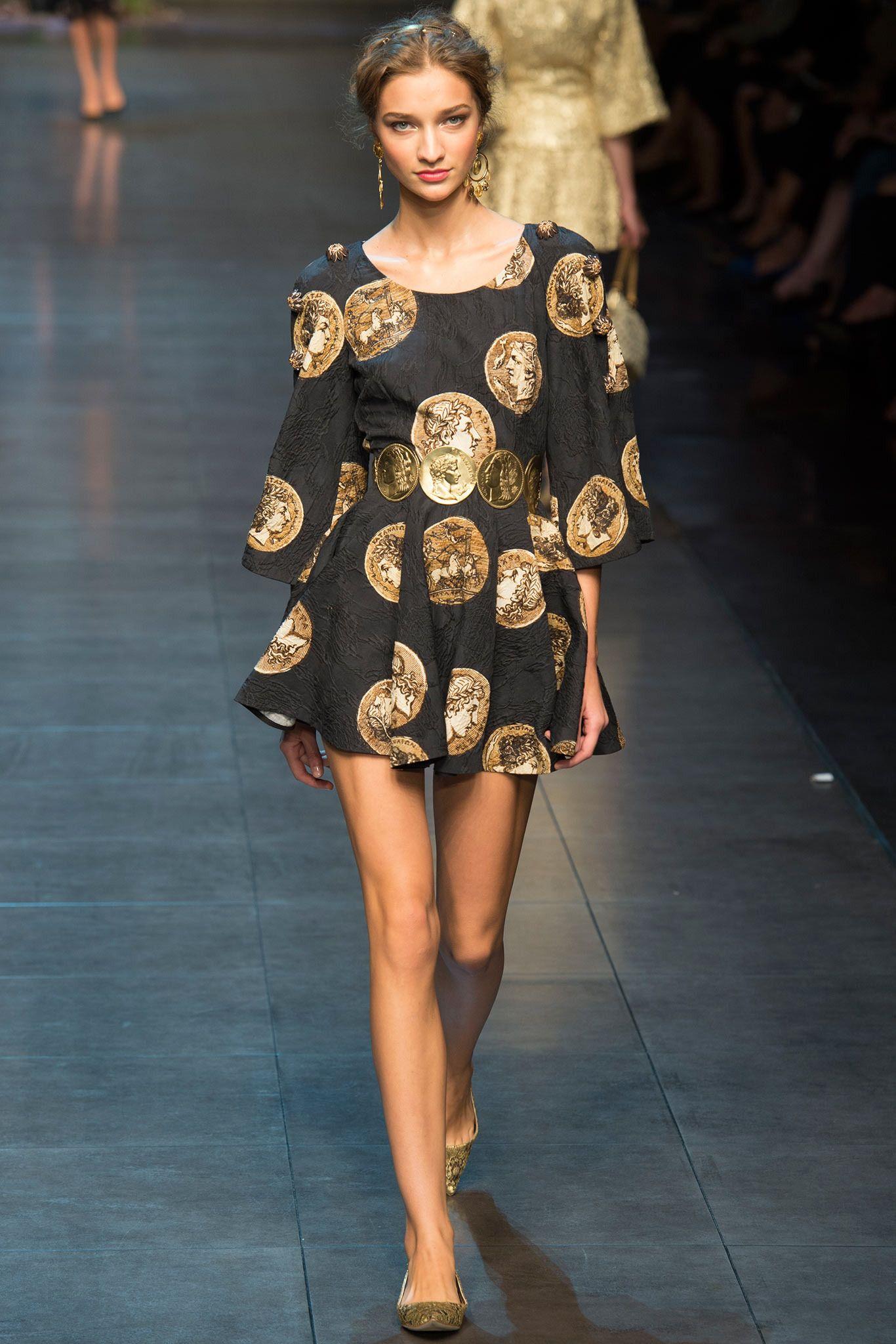 Anastasija Titko - Dolce & Gabbana Spring 2014 Ready-to-Wear Collection Slideshow on Style.com