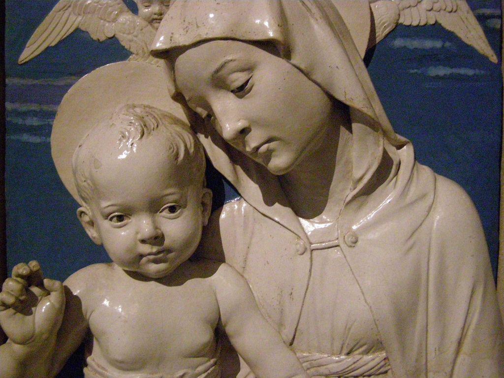 Andrea Della Robbia, Madonna and Child, c 1470-1475, detail 3