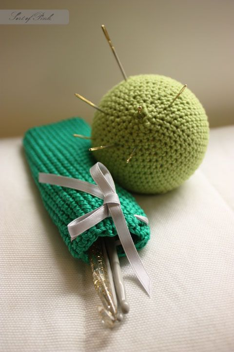 Sort of pink.: Crochet hook holder and a needle ball. | Projects to ...