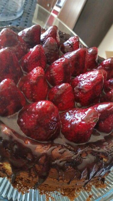 Strawberry Rubarb Cheesecake