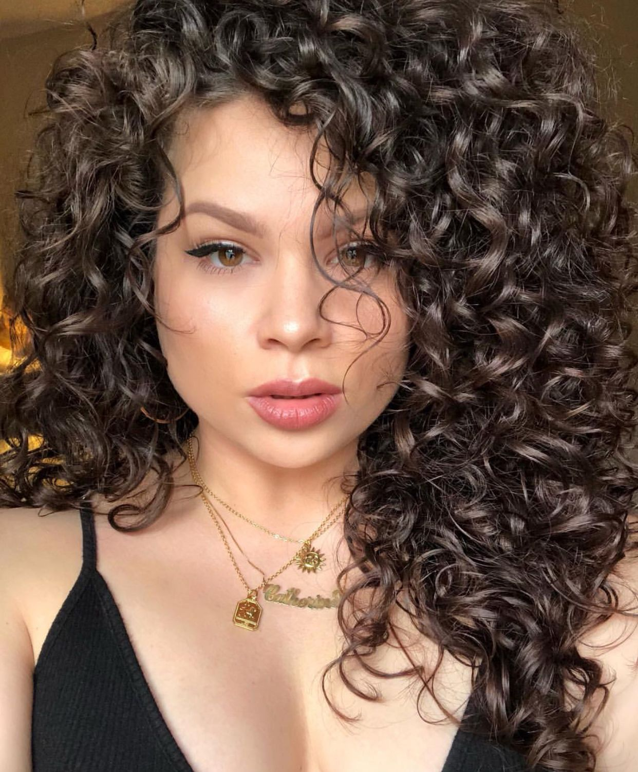 Natural Curly Hair Style With Volume Naturalhair Curls