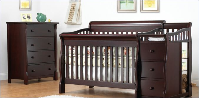Zubaidas Online Provide Complete Range Of Baby Products Online In Pakistan Crib And Changing Table Combo Cribs Crib With Changing Table